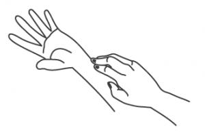 mãos coçando